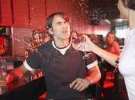 drink-thrown-in-face1